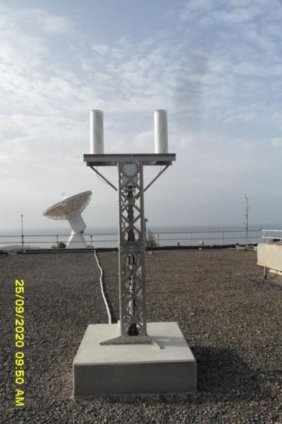 Installation de l'antenne SVOM sur le site de L'INTA