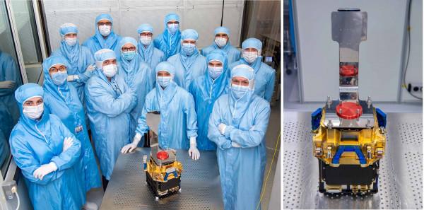 L'équipe technique de la caméra en salle blanche au DAp/CEA. A droite : la caméra MXT totalement assemblée.